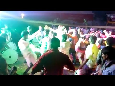 Ek mar dho mar Teenmaar dance in Ganesh nimarjanam exlent dance