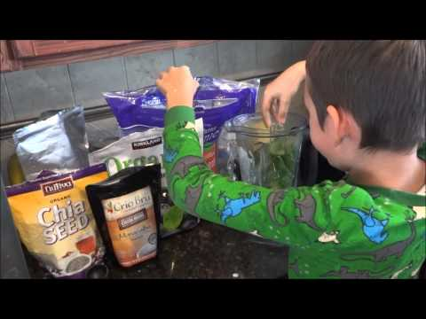 How to Make Milk Kefir Green Smoothie (so easy a kid can do it!)