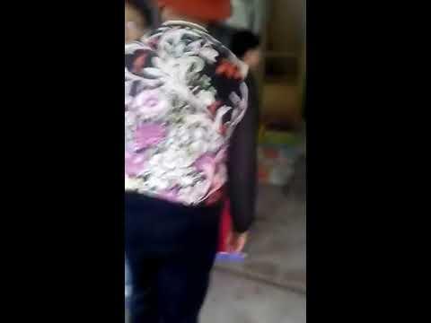 2 cô con gái đánh bố ruột ( không thể chấp nhận đươc).