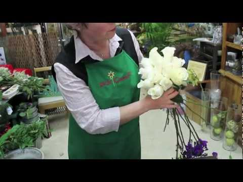 diy-how-to-make-your-own-wedding-bouquet-with-white-amelia-roses