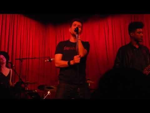 Joey McIntyre Hollywood nights 372018