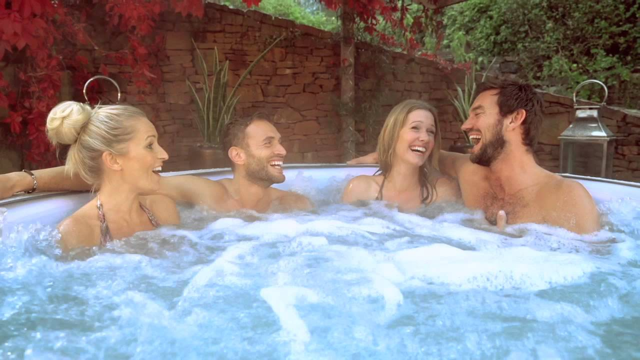 lay z spa vegas inflatable airjet hot tub tv advert 2015 youtube. Black Bedroom Furniture Sets. Home Design Ideas