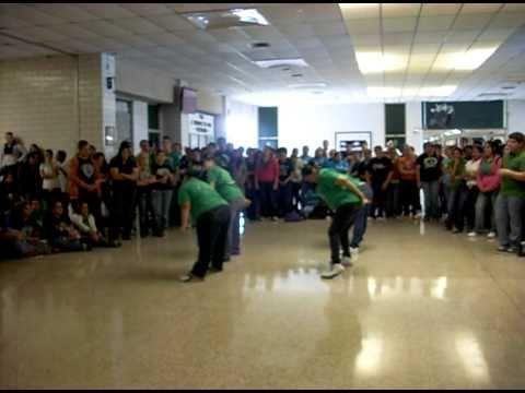 Falfurrias High School Lariettes -  (I can be a) Freak