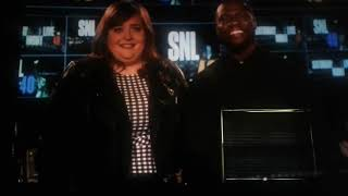 SNL 's Aidy Bryant anb Host Kevin Hart Fall in Love - Saturday Night Live
