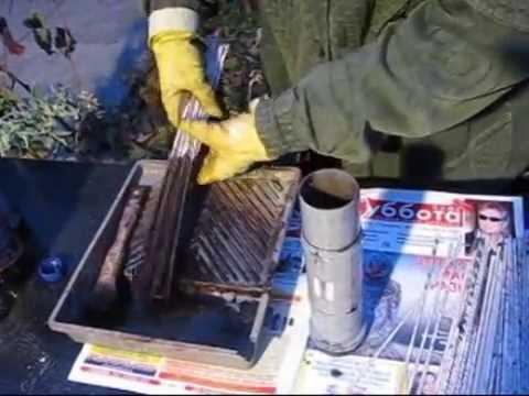 видео как покрасить газетные трубочки в белый цвет