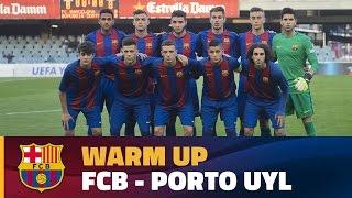 Uefa youth league: fc barcelona - porto / warm up