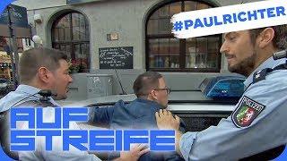Betrunkener steigt ins Polizeiauto: Wer hat ihn abgefüllt? | #PaulRichterTag | Auf Streife | SAT.1