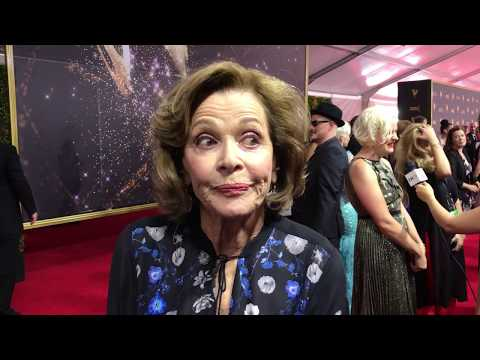 Jessica Walter Archer, Arrested Development on red carpet at 2017 Creative Arts Emmys
