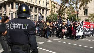 Spain: Antifa denounce Hispanic Heritage Day with march in Barcelona