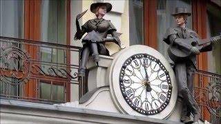 Достопримечательности Львова: Часы отеля Нобилис(Движущиеся часы на отеле