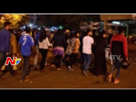 Youth Teases Women in Bangalore || New Year Celebrations || NTV