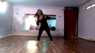Mujhe Mast Mahol Me Jine De [ Dance Performance on 9-09-2015 ] By Priyanka Gurnule.