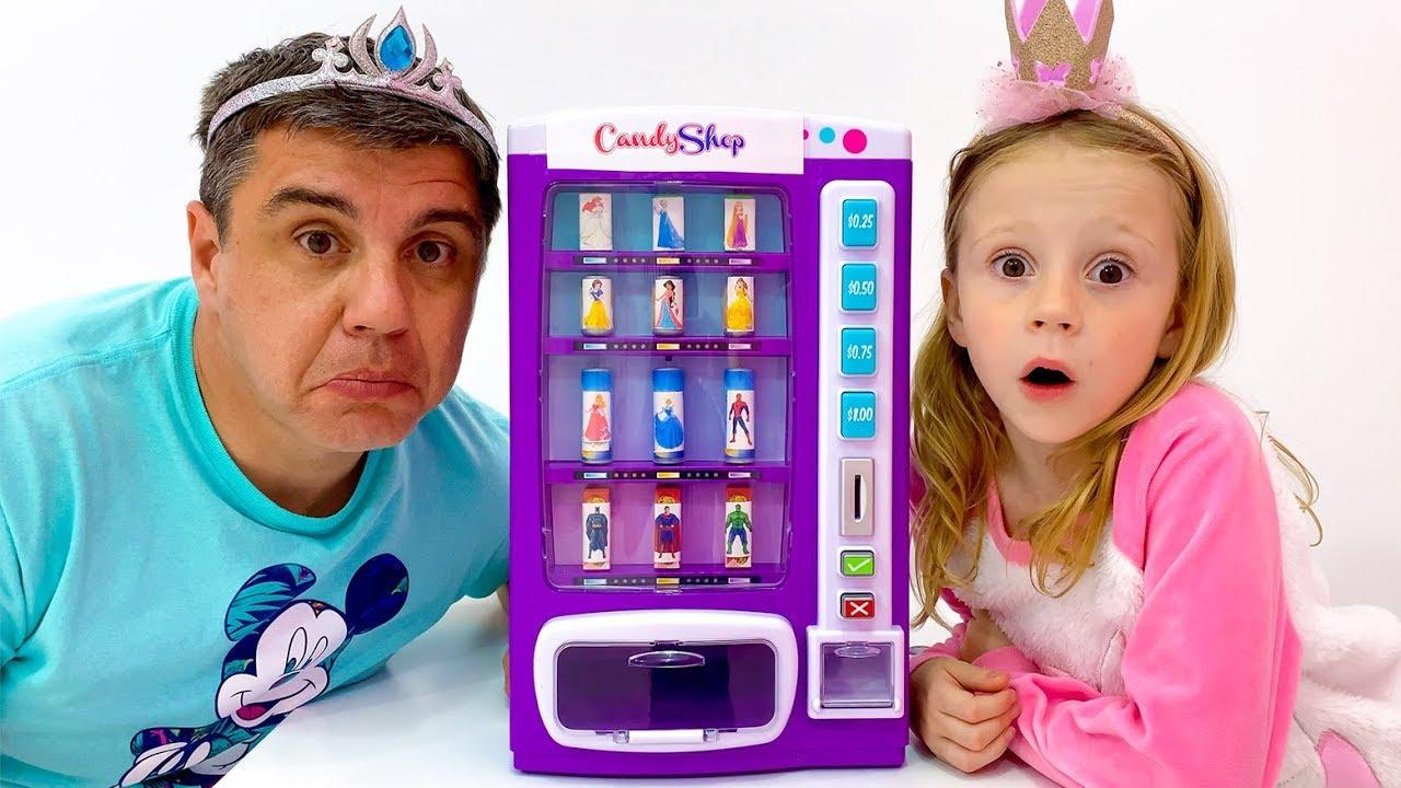 Настя и папа превратились в принцесс
