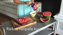 Vesimelonin leikkaus kuutioiksi- How to cut a watermelon into cubes