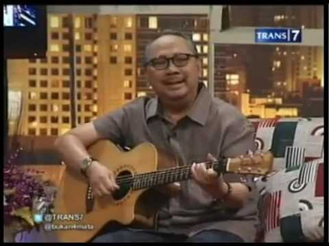 #6 Ebiet G.Ade & Adera - One Night With Ebiet G.Ade - Bukan Empat Mata 04 July 2012 - Trans7.flv