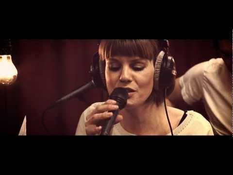 Studio Brussel: Daan & Isolde - Where the Wild Roses Grow (Nick Cave & Kylie Minogue cover)