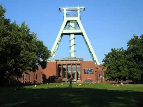 Bochum , cities of Germany ,buildings, parks, centers, industry ,leisur­e, tourism