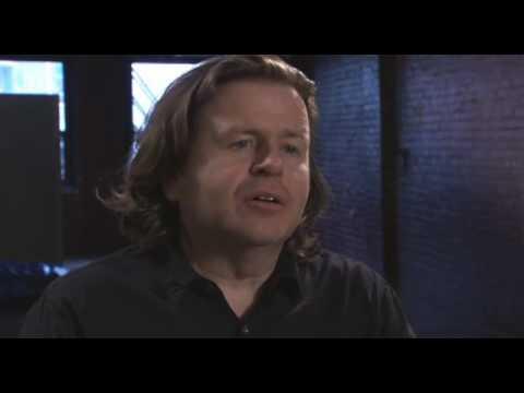 FOX Human Target - Interview w/ Simon West