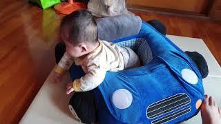 5개월 아기 자동차 쿠션에 있기 싫어 싫어
