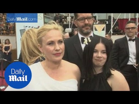 Patricia Arquette joined by family on the Oscars red carpet  Daily Mail