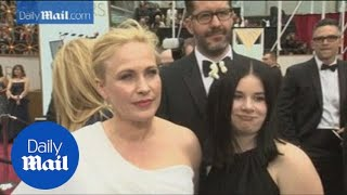 Patricia Arquette joined by family on the Oscars red carpet - Daily Mail