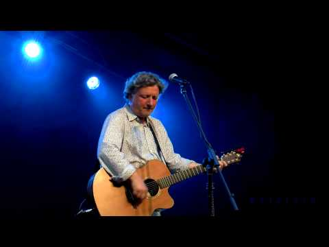 The Elephant Ride - Glenn Tilbrook - Gawsworth Hall - 25th July 2014