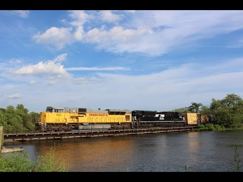 Heritage Units & Standard Cabs: July 2016 Railfanning in South Jersey