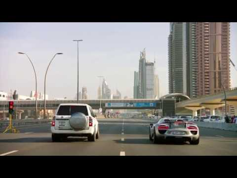 The Grand Tour - Porsche 918 vs Nissan Patrol