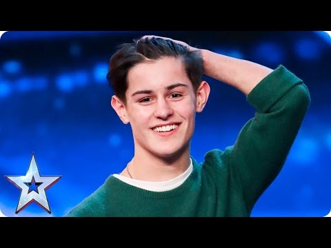 Singer-songwriter Reuben Gray does his dad proud  Auditions Week 2  Britain's Got Talent