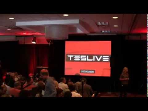 Elon Musk at  TESLIVE 2013 innovate e-car