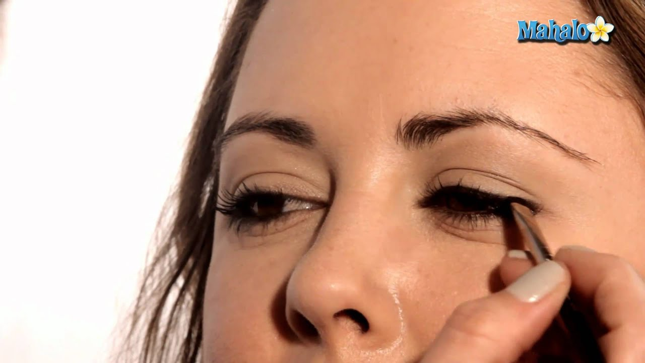 How To Apply False Lashes For Your Wedding Day Youtube