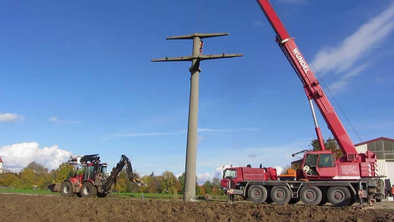 Demolition Concrete Poles : Betonmastenabbruch mit einem huddig c concrete pole