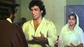 Govinda Crying In Kader Khan's Arms - Dariya Dil - Bollywood Movie