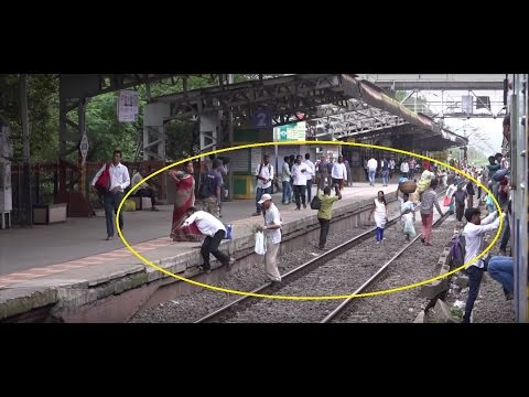 Interesting ! How People Board, Alight & Travel By Trains In India - Spectacular 7Mins Journey