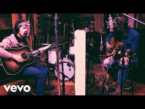 Billy Strings & Fences - Globe