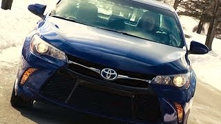2015 Toyota Camry Hybrid SE - TestDriveNow.com Review by Auto Critic Steve Hammes | TestDriveNow