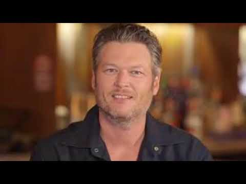 Kelly Clarkson and Blake Shelton Recall Hilarious Wine-Fueled Double Date Nights (Exclusive)