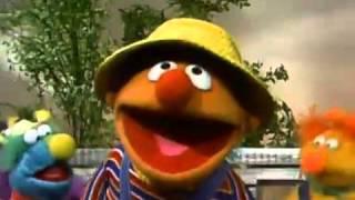 """Classic Sesame Street - Ernie Sings """"The Honker Duckie Dinger Jamboree"""""""