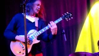 Play Cannonball Shuffle - Album Version (For Freddie King)