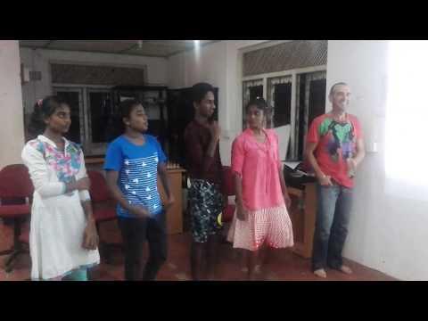 """Bachna Ae Haeeno"" - Spanish volunteer Qurro Lopez Torres dancing with Horizon Academy students 1"
