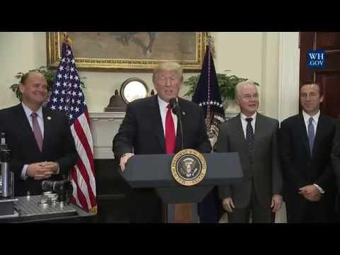 Hasil gambar untuk President Trump Makes an Announcement Regarding a Pharmaceutical Glass Packaging Initiative