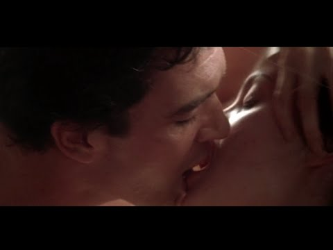 Angelina jolie sex in sin movie