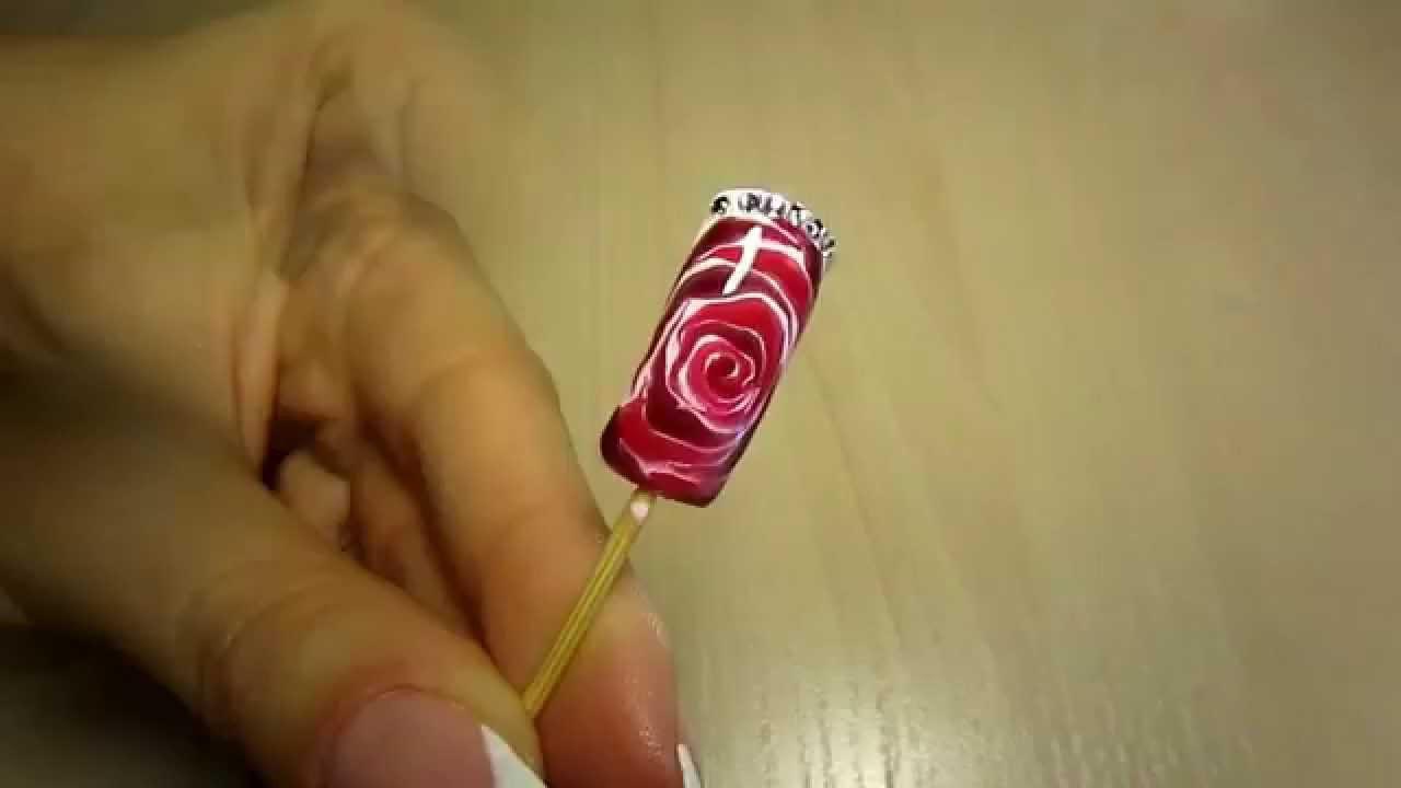 Дизайн по мокрому лаку роза