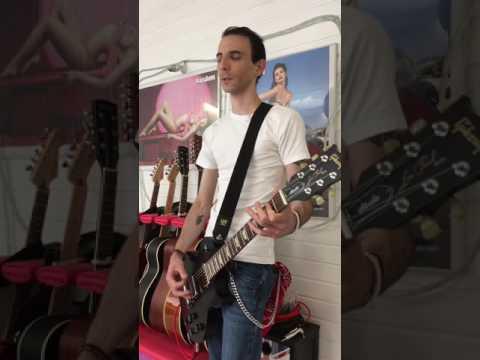 Doro Pesch ( Warlock ) guitar riff medley (HD quality) Gibson studio faded ebony