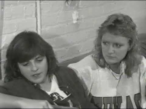 Daniel Lanois, Indigo Girls, Sonic Youth - comments on Mac Davis [Sunday Night Live - 1989]