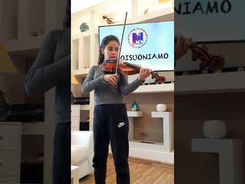 #NOISUONIAMO  Michela - Fiorillo  (1C)