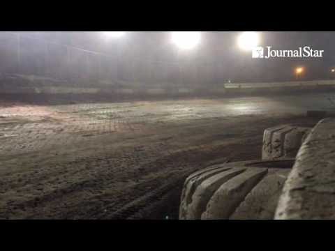 VIDEO: Todd Bennett builds big lead early at start of Late Model feature at Peoria Speedway