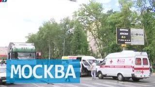 В Люберцах грузовик протаранил три машины(Серьезная авария с участием четырех машин произошла в Люберцах. Водитель грузовика резко почувствовал..., 2016-07-08T17:06:18.000Z)