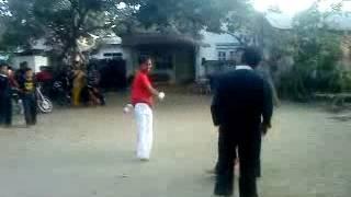 Download lagu Seru Pencak silat vs Karate amatiran sai terbalik MP3