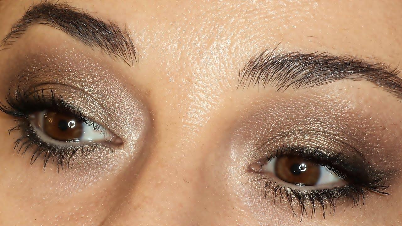 Como maquillar los ojos paso a paso tutorial paso a paso for Como maquillar ojos ahumados paso a paso